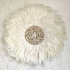 juju hat style feather wall decor with