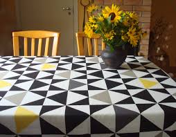 round tablecloth cotton tablecloth with graphic