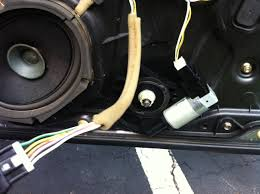 my 2005 mazda 3 front passenger window motor receives signal to go enter image description here