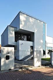 Best 25+ Exterior shades ideas on Pinterest   Fasade house, Modern ...