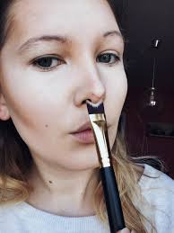 nose contour brush. nose contour brush