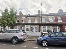 edmonton n9 2 bed terraced house
