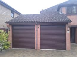 new roller garage door grantham 1