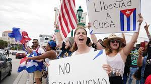 Miami demonstrators block highway to ...