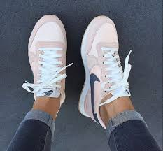 Pin by Alejandra Hudson on My Style | Fashion shoes, Me too shoes, Cute  shoes