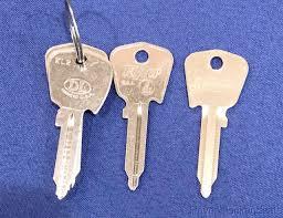 J81j Uncut Key Blank For Jaguar Xke Xj6 420