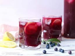 healthy blueberry lemon electrolyte drink