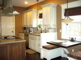 cream glazed kitchen cabinets cream maple glazed kitchen cabinets