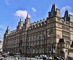 Université de Liverpool John Moores — Wikipédia