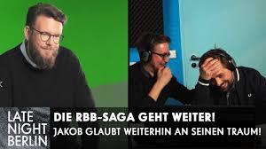 14 hours ago · hamburg. Laschet Planlos In Talkshows Anti Corona Bienen Mysterios Wie Jakobs Outfit Late Night Berlin Youtube