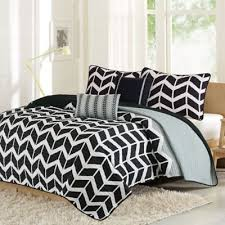 Buy Black and White Comforter Sets Queen from Bed Bath & Beyond & Intelligent Design Nadia Full/Queen Coverlet Set in Grey/Black/White Adamdwight.com