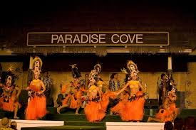 Image Oahu Paradise Paradise Cove Deluxe Luau Live Hawaiian Music Set The Festive Mood Of The Evening Casually Stroll Through The Hawaiian Village And Learn The Arts Crafts Jolene Kaneshige Photography Paradise Cove Deluxe Luau Hawaiicom