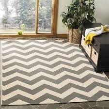 safavieh courtyard chevron grey beige indoor outdoor rug