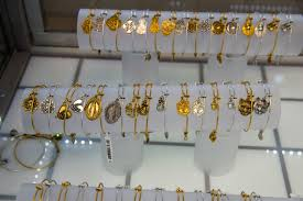 we re famous for our quality jewelry at low s we re direct diamond importers we do custom design repairs on the premises and engraving