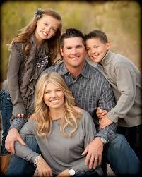 Family Portrait Posing Google Search Family Portrait