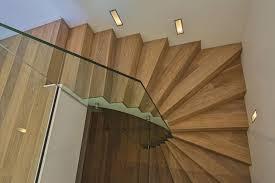 Sie suchen einen modernen und hochwertigen belag für die treppe? Schnyder Parkett Gmbh Treppenverkleidungen I Parketttreppen Nidwalden Obwalden Uri Zug Luzern Zurich Zentralschweiz Schweiz