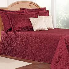 Gardenia Floral Quilted Bedspread Bedding &  Adamdwight.com