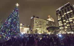 Greensboro Christmas Tree Lighting Watch Live Festival Of Lights Tree Lighting At 6 56 P M