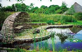 garden designer. Mary Reynolds Garden Designer