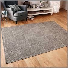 flat woven rug definition