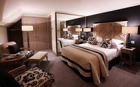 Modern Bedroom For Couples Romantic Bedroom Ideas For Couples Lovely Beige Queen Size Bed