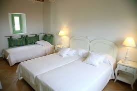 bedroom with 3 single beds 2 connected