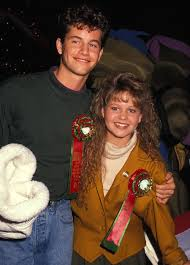 Candace Cameron Bure Didn't Attend Kirk Cameron's Caroling Protests