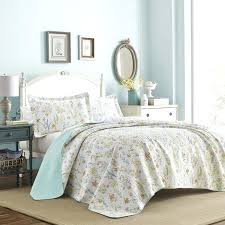 laura ashley bedding fish frolic white cotton quilt set