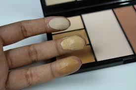makeup revolution protection palette in um 4