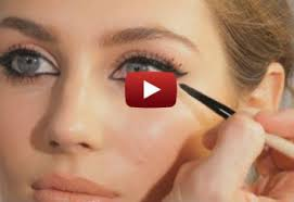 learn how to do the cat eye makeup in 5 minutes