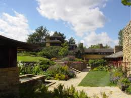 Frank Lloyd Wright Landscape ... lines to reference the Midwestern landscape.  Its continuous