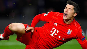 Robert lewandowski is a polish professional footballer who plays as a striker for bundesliga club bayern munich and is the captain of the po. Robert Lewandowski Fehlt Fc Bayern Munchen Vier Wochen