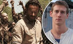 The Walking Dead Resumes Filming After Stuntman's Death Classy When Does The Walking Dead Resume