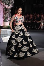 Bindi Fashion Designs Scarlet Bindi South Asian Fashion And Travel Blog By Neha