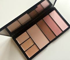 london light um ultra cover and concealer previous next makeup revolution protection palette in light um