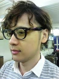 メンズ長い前髪の人気ヘアスタイルおしゃれな髪型画像 Stylistd
