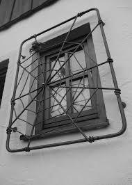 Fenstergitter Modern Und Nach Maß Aus Eisen Handgeschmiedet