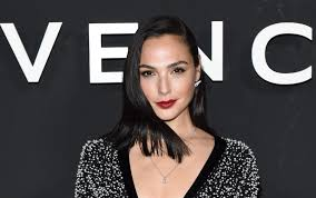 gal gadot just shut down everyone trying to pit wonder woman against capn marvel