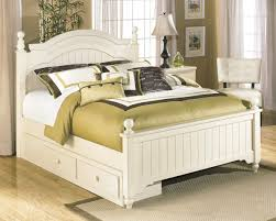 Signature by AshleyCottage RetreatUnder Bed Storage