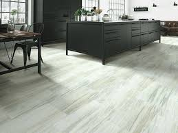 shaw armstrong mannington oh my how to choose your next vinyl plank flooring