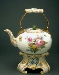 Fine China Display Stands Chinese Qing Dynasty Gilt Gold Famille Rose Porcelain Teapot W 100