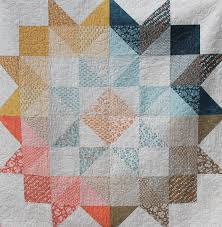 Moda Love Layer Cake Quilt ... can also use charms and mini charms ... & Moda Love Layer Cake or Charm Square quilt Pattern for Basic Grey's  Persimmon fabric - I like the way darker fabrics are around the edge and  lighter fabrics ... Adamdwight.com