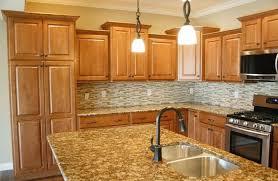 kitchen backsplash maple cabinets what color granite goes with honey maple cabinets kitchen backsplash ideas maple