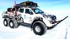 Arctic Trucks Toyota Hilux AT44 6x6 '2010 - YouTube