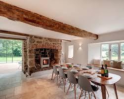 Sale Da Pranzo Con Boiserie : Sale da pranzo sala con stufa a legna foto e idee design