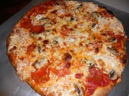 How To Cook A Pizza How To Cook Pizza Crust Justonedonna
