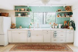 New heights furniture Houston The Kitchen Of Interior Designer Jana Bek Reaches New Heights With Countertoceiling Tile Backsplash In Kiwi Its Fresh Hue Infusing Plenty Of Aj Products New Heights Countertoceiling Tile Fireclay Tile