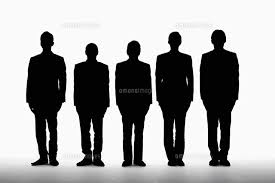 五人のビジネスマンのシルエット