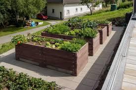 Tucowws Com Hochbeet In Beton Interessante Ideen F R Die Hochbeet Rund Beton Beton Schalsteine Im Garten Kreative Einsatzmoglichkeiten