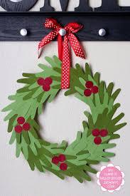 Kids Hand Print Christmas Wreath Tutorial